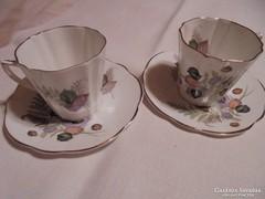 Gyönyörű angol csészék