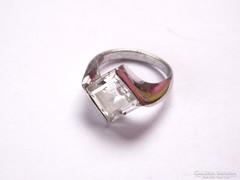 Modern,köves ezüst gyűrű