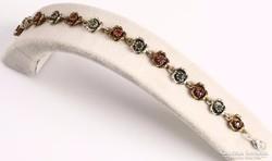 Rózsàs ezüst karkötő smaragd és rubin kövekkel