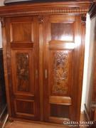 Antik ónémet kétajtós szekrény eladó!