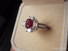 VALÓDI VÉRVÖRÖS RUBIN, fehérarany- ezüst fenséges gyűrű