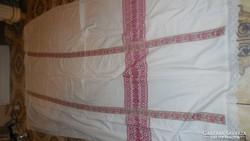 Himzett Giga vászon teritő 263*160 cm