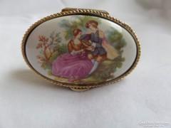 Porcelán fedelű kis ékszerdobozka