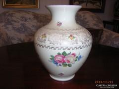 Porcelán váza, Thomas Ivory