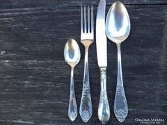 Klasszikus orosz ezüstözött evőeszköz készlet