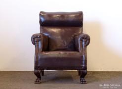 0K122 Nagyméretű régi oroszlánlábas fotel