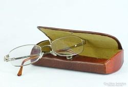 0K276 Használt szemüveg keret tokban