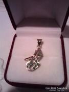 Smaragd és rubin köves aranyozott ezüst medál