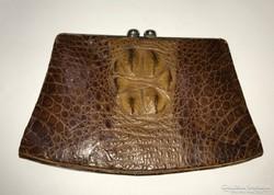 Régi krokodilbőr táska.
