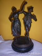 Antik spiáter táncoló páros szobor 1900 körül