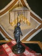 S46 Asztali lámpa szoborral és üvegfözéres ernyővel