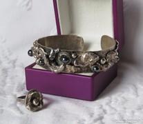 Különleges egyedi ezüst karperec hematittal + gyűrű - 65 gr