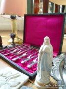 Antik Szűz Mária porcelán szobor