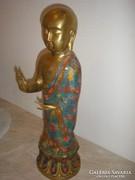 Aranyozott bronz buddha szobor engóbe festéssel is