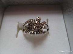 Antik gyűrű, 925 ezüst, 4 nagy markazit, magyar FŐÉ jelzes