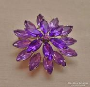 Gyönyörű antik nagy lilaköves  bross
