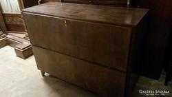 Bükkfából készült Art Deco ágyneműtartós komód eladó