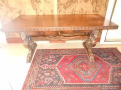 Reneszánsz íróasztal,trónszékkel eladó.