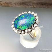 Arany gyűrű gyémánt kövekkel. 0,80 ct + Opál.