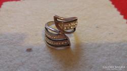 Elegáns, köves 925-ös ezüst gyűrű
