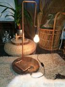 Designer gyönyörű mutatos álló,asztali lámpa