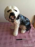Nagymeretu porcelan kutya (Bobtail Oangol juhasz)