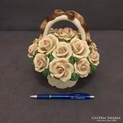 Capodimonte porcelan viragkosar rozsakkal!