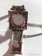 Izraeli ezüst óra