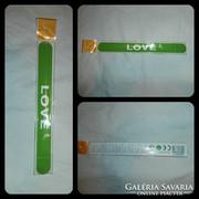 Zöld LOVE karkötő