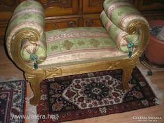 Antik barokk kis sofa