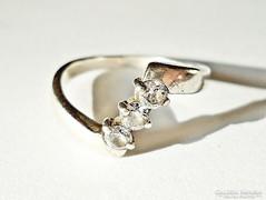 3 cirkónia köves ezüst gyűrű