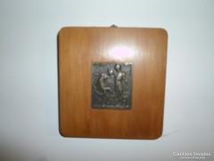 Bronz plakett fa alapon mitológiai