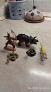 Indián, kígyók,dinoszaurusz,párduc 5 darab gumi.