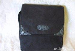 Estélyi vagy színházi táska 3 kesztyűvel , szép