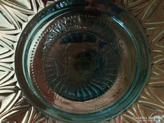 Üveg antik kínáló magyar címerrel a közepén