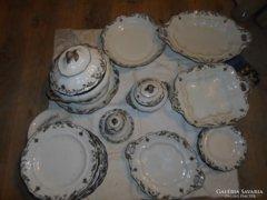 120 éves különleges porcelán étkészlet  28 db