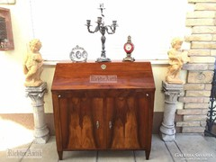 Antik bútor, Biedermeier bűró, komód felújított.