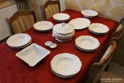 6 sz. barokk stílusú, Zsolnay étkészlet és süteményes szett