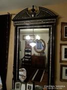 Hatalmas kastélyba való boull tükör konzolasztallal
