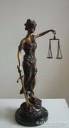 Justitia bronz szobor 45 cm