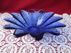 Csillag alakú kék üveg kínáló tál 19 cm  0906