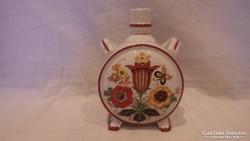 Pajzspecsétes Zsolnay porcelán nagy kulacs