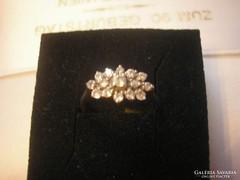 925-ös ezüstgyűrű ékkövekkel
