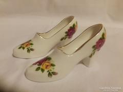 Miniatűr porcelán elegáns női cipő párban