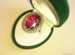 Álomszép rubin köves, mesterien kidolgozott ezüst gyűrű 7.75