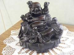 Mosolygó Budha, gyermekekkel