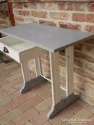 Shabby chick Loft asztal régi varrógép állványból.