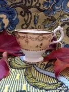 Antik angol, 19. századi teás csésze
