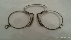 Lornyon, cvikker, antik szemüveg