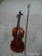 Régi hegedű